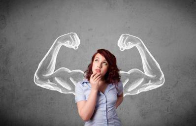10-actitudes-típicas-de-una-mujer-fuerte