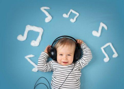 musica-bebe-990x708