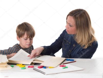 depositphotos_44015225-stockafbeelding-moeder-haar-kind-onderwijs